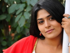 Manjulika Photos