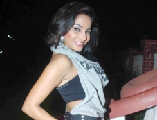 Nidhi Gill Photos