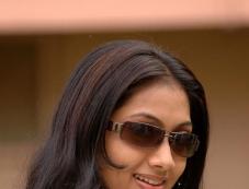 Udhayatara3 Photos