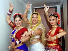 Sudha Chandran with Aditi Bhagwat and Rajeshwari Photos