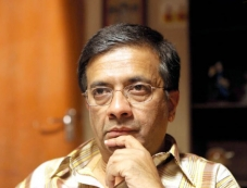 Y Gee Mahendran Photos