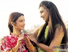 Divya Dutta, Rituparna Sengupta Photos
