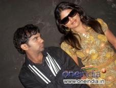 Sandalwood Guru  Photos