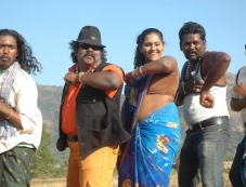 Kaidhi Photos