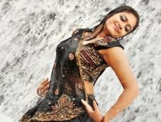 Kadhal Vedham Photos