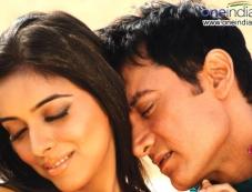 Aamir Khan and Asin Photos