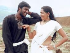 Pazhagiethey Pirivatharkaa Photos