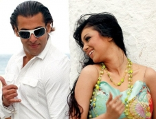 Salman Khan and Ayesha Takia Photos