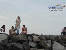 Siva Karthikeyan and Oviya Photos