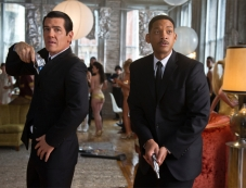 Josh Brolin, Will Smith Photos