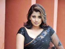 Actress Nadeesha Hemamali Photos
