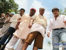 Rockline Venkatesh, Doddanna, Mukyamantri Chandru, Shashikumar Photos