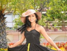 Aashika Photos
