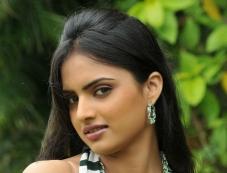 Ritu Kaur Photos