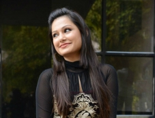 Simran Suri Photos