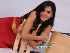Sindhu Loknath Photos