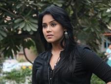 Thulasi Nair at Kadal Movie Press Meet Photos