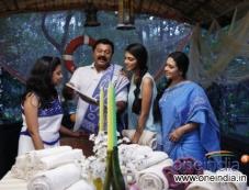 Malayalam Movie Pattam Pole Photos