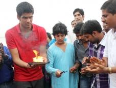 Akshay Kumar son Aarav celebrates Ganapati Visarjan 2013 Photos