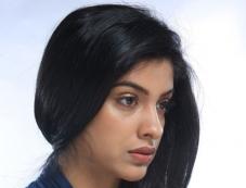 Archana Kavi in Malayalam Movie Day Night Photos