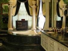 Bathroom of Shahrukh Khan Mannat Photos