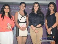 Eesha Koppikar at Film Looti Press Meet Photos