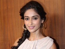 Ileana D'Cruz promotes film Phata Poster Nikla Hero Photos