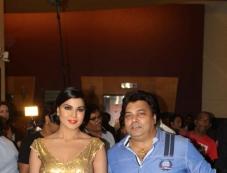 Veena Malik With Ravi Ahlawat at Veena Malik's Super Model film premiere Photos