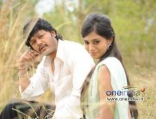 Ganesh and Deepa Sanniddi in Kannada Film Sakkare Photos