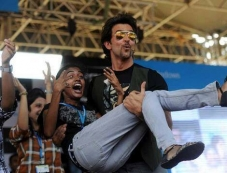 Hrithik Roshan launches the Krrish 3 game in Bangalore Photos
