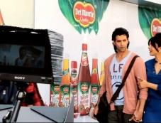 Hrithik Roshan and Priyanka Chopra on Krrish 3 film sets Photos