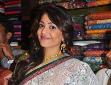 Kajal Aggarwal at Chennai shopping mall opening Photos