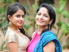 Sheena Shahabadi and Sadhana Singh's photoshoot for Navratri festival Photos