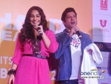 Vidya Balan and Farhan Akhtar at the film Shaadi Ke Side Effects trailer launch Photos