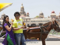 Amoolya and Ganesh in Kannada Film Sravani Subramanya Photos