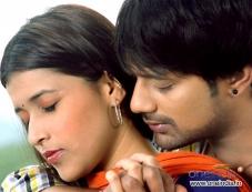 Barbie Chopra and Varun Sandesh in Kannada Movie Ninnale Naanu Photos
