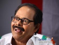 Innocent in Malayalam Movie Oru Indian Pranayakatha Photos