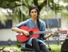 Malavika in Malayalam Movie Pattam Pole Photos