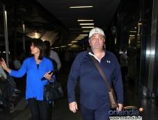 Ranbir Kapoor parents Rishi Kapoor and Neetu Singh snapped at Mumbai airport Photos