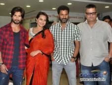 Shahid and Sonakshi along with Prabhu Deva at promotion of film R... Rajkumar Photos
