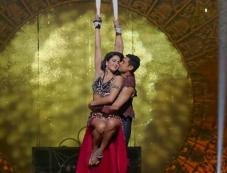 Aamir Khan and Katrina Kaif still from film Dhoom 3 - Malang song Photos
