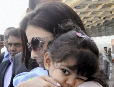 Aishwarya Rai with their daughter Aradhya arrive in Bhopal Photos