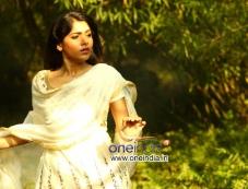 Muktha in Kannada Movie Darling Photos