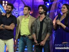 Prabhu Deva, Salman Khan, Shahid Kapoor and Sonakshi Sinha during film R Rajkumar promotion Photos