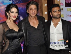 Sharukh Khan with Sunny Leone and Sachiin Joshi during the Jackpot movie premiere Photos
