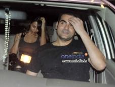 Arbaaz Khan and Malaika Arora Khan snapped at Mumbai Airport Photos
