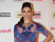 Deepika Padukone at the Filmfare Pre Awards Nominations Party 2014 Photos
