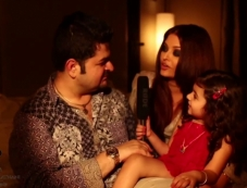 Dabboo Ratnani with Aishwarya Rai Bachchan on the sets of calender 2014 photoshoot Photos