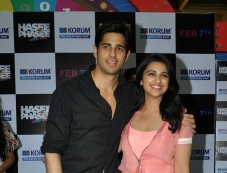 Hasee Toh Phasee film promotion at Korum Mall Thane Photos