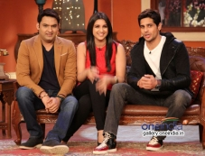 Hasee Toh Phasee promotion on the sets of Comedy Nights with Kapil Photos
